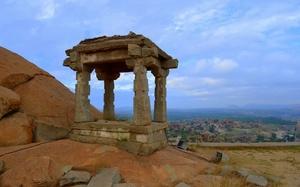 Bijapur, Badami, Pattadakal, Aihole and Hampi- SOLO
