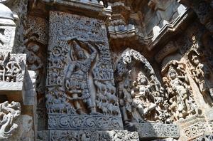 Shravanbelagola, Belur and Halebidu- Solo!