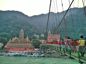 Rishikesh - Peace's way to your heart.