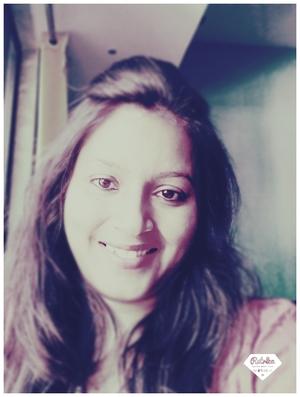 Shama Bhide Travel Blogger