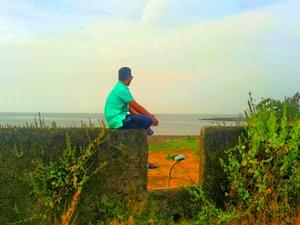 Deepak Lakhwani Travel Blogger