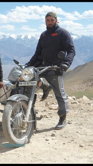 Sukhmeet Singh Travel Blogger