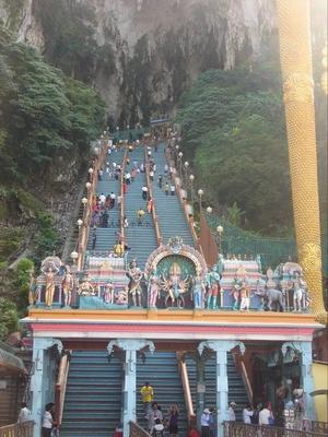 Hiking up the Batu Cave, Kuala Lampur – Malaysia