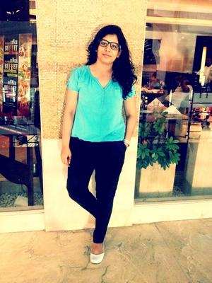 Chandni Travel Blogger
