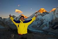 Nepal Mountain Guide Travel Blogger
