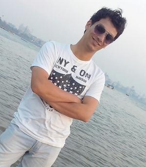 Prathamesh Nikam Travel Blogger