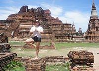 Gladys Jane Opone-Caranzo Travel Blogger