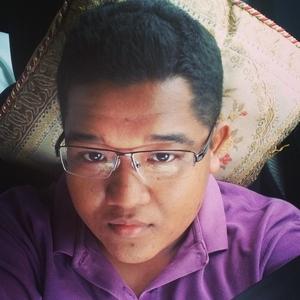 Zulfadli Yusmar Travel Blogger