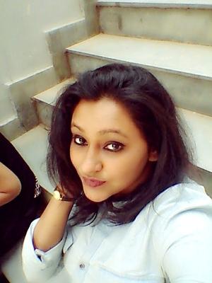 Sneha Travel Blogger