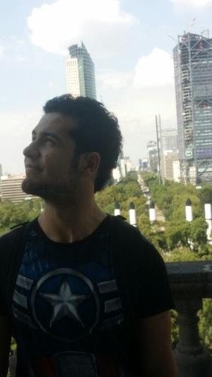 Victor Castellanos  Travel Blogger