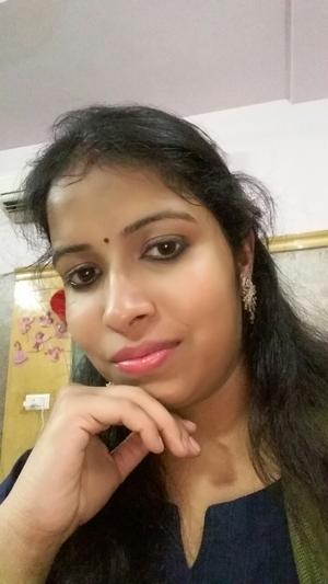 Kanika Bansal Travel Blogger