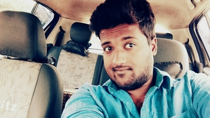 Khadeer Ahmed Travel Blogger