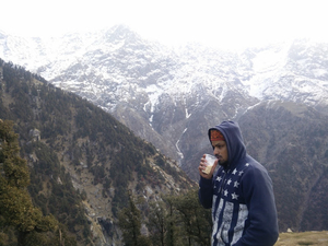 Mcleod Ghanj - A night with the ripping glare of Triund