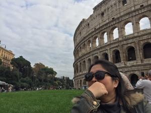 Affy Travel Blogger
