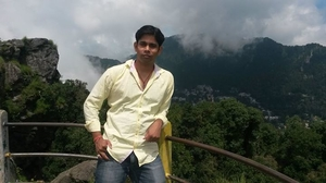 Avinash Singh Travel Blogger
