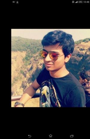 Vinit Shah Travel Blogger