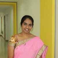 Asha N Travel Blogger