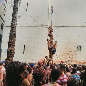 La Tomatina: A once a year all tomatoes event