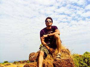 Vishal Londhe Travel Blogger