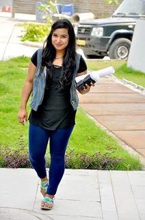 Priya Saini Travel Blogger