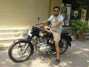 jirendra Travel Blogger