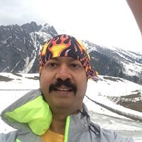 Ameet Sukhee Travel Blogger