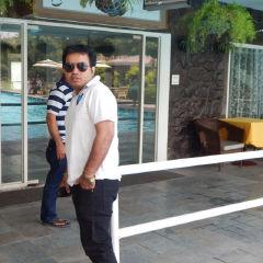 Tushar Kapoor Travel Blogger