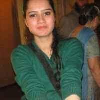 "Karishma ""Dang"" Srivastava Travel Blogger"