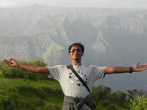 Rahulkumar Kumavat Travel Blogger