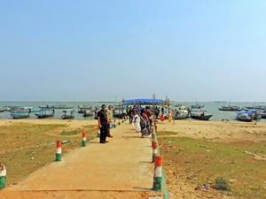 Chil-Li-Ka Lake (Chilika Lake , Puri, Orissa)