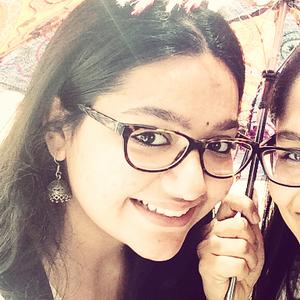 Sohela Travel Blogger