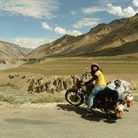 Swati Saundatti Travel Blogger
