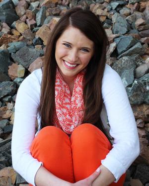 Lindsey Davidson Travel Blogger