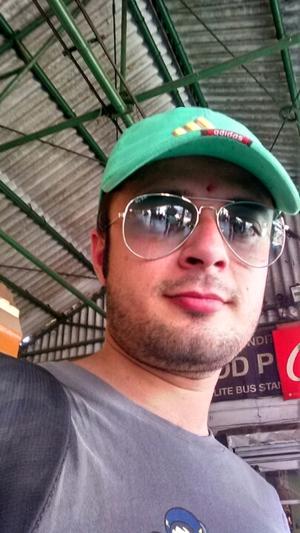 shikhar mehta Travel Blogger