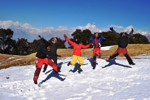 Auli: Skiing Retreat, Trekking Haven and Amazing Experience