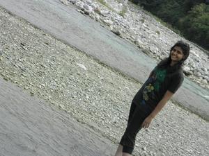 Nusrat Ansari Travel Blogger