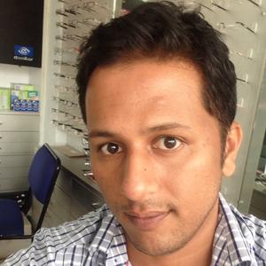 shaan Travel Blogger