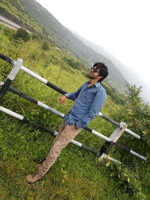 Shubham Singh Travel Blogger