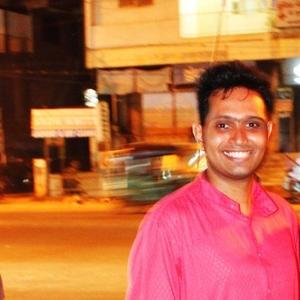 Viraj Gandhi Travel Blogger