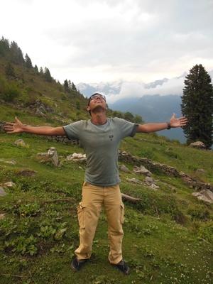 Saurkundi Pass Trekking (Himachal Pradesh) June-2012