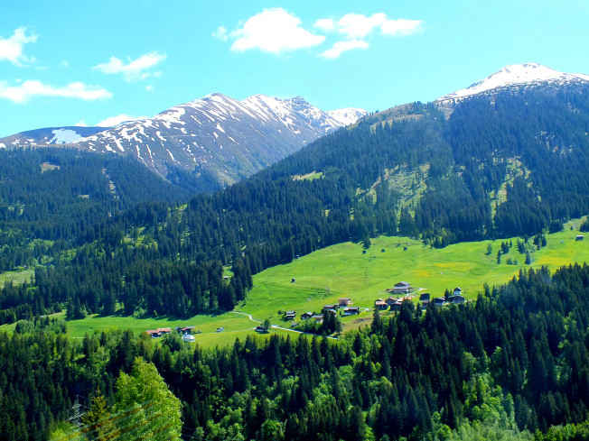 The DDLJ trail – In search of the Bollywood fairy tale in Switzerland