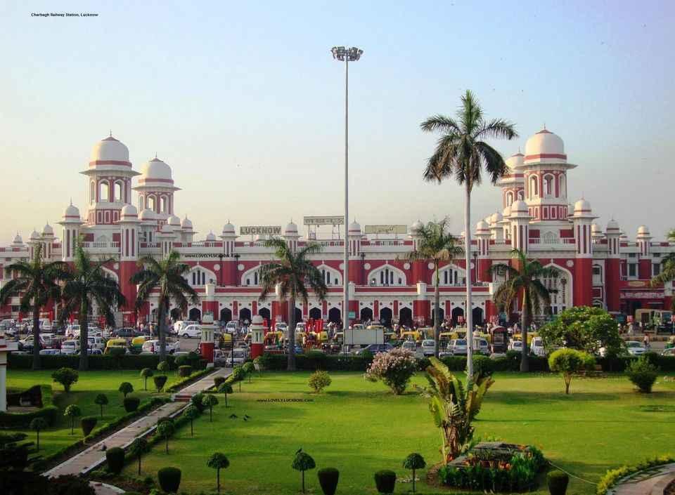 भारत की शान हैं ये 10 रेलवे स्टेशन! ये नहीं देखा तो क्या देखा?