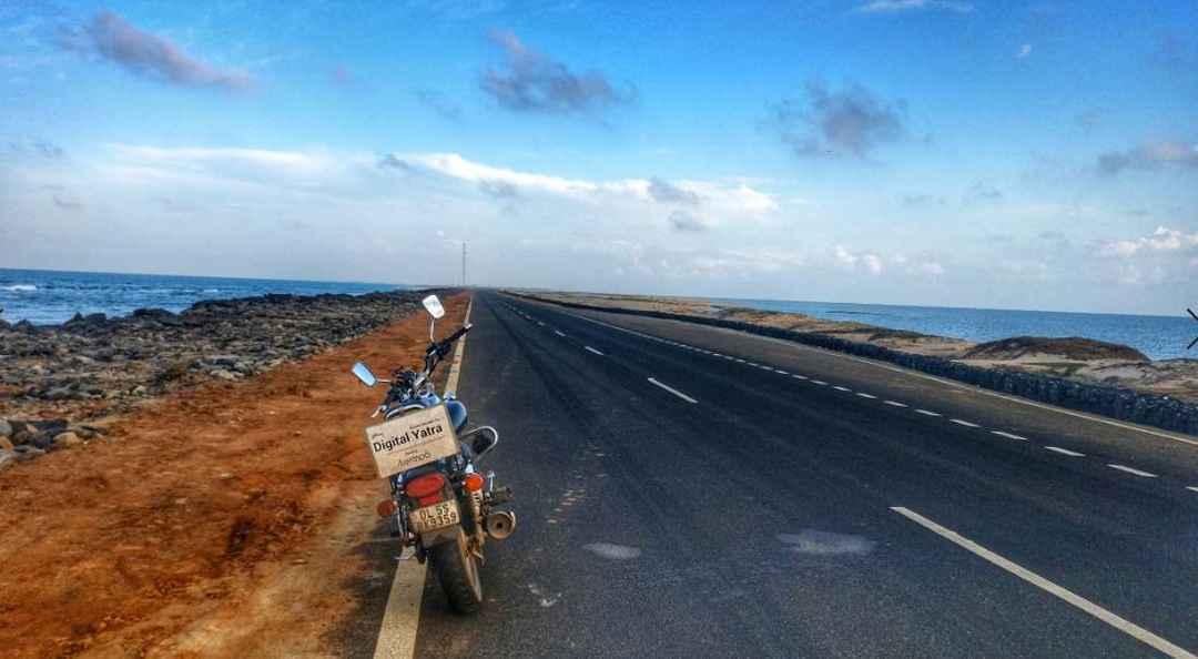 Rameshwaram To Dhanushkodi Ghost Town Bike Ride Experience (Hindi)