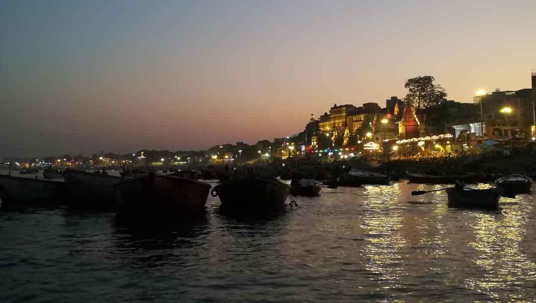 Spellbinding Ganga aarti atBanaras/Varanasi