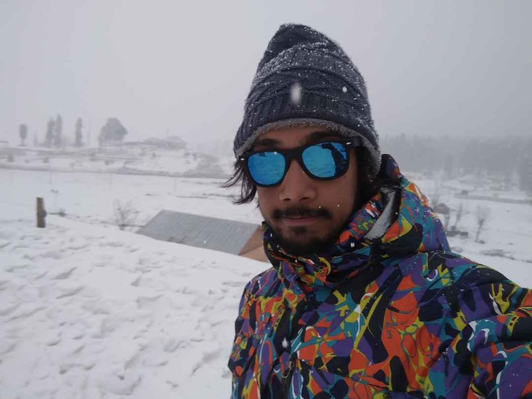 Gulmarg is almost like a dreamland in winters.  #SelfieWithAView #TripotoCommunity #Travel #Snowfall