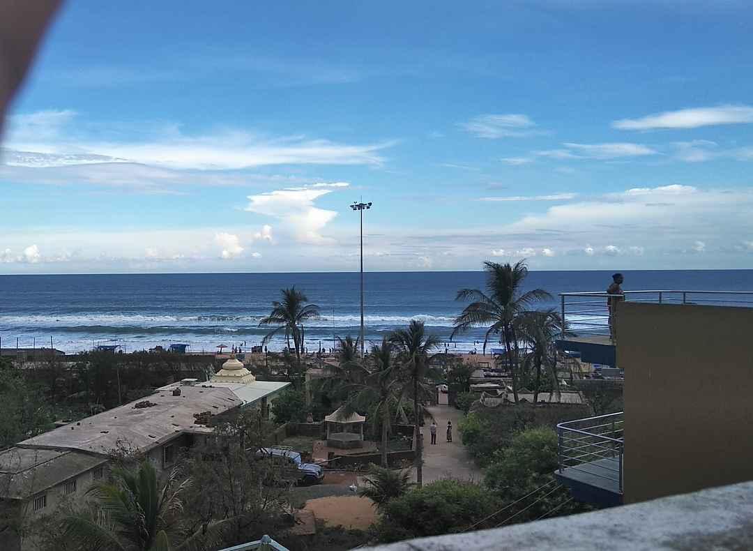 गोवा से भी सुंदर और साफ बीच, वो भी बजट में! चलों करें उड़ीसा के इन 6 समुद्रतटों का सफर