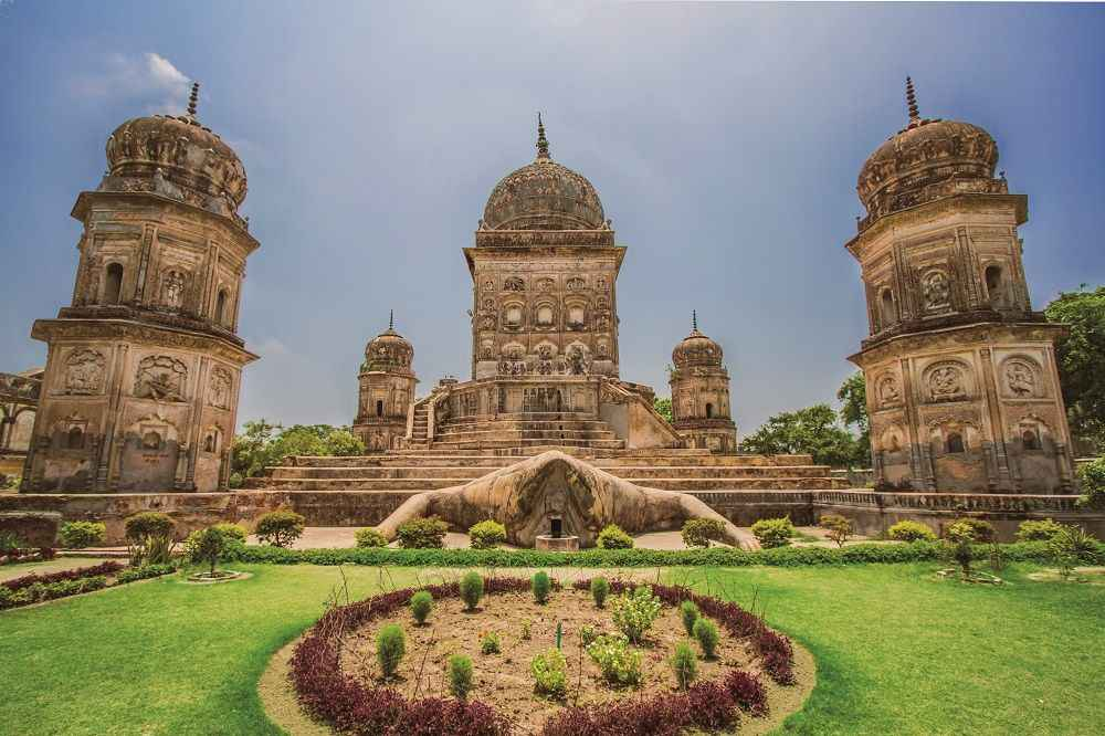 ajan-jankari-weird-frog-temple-in-india