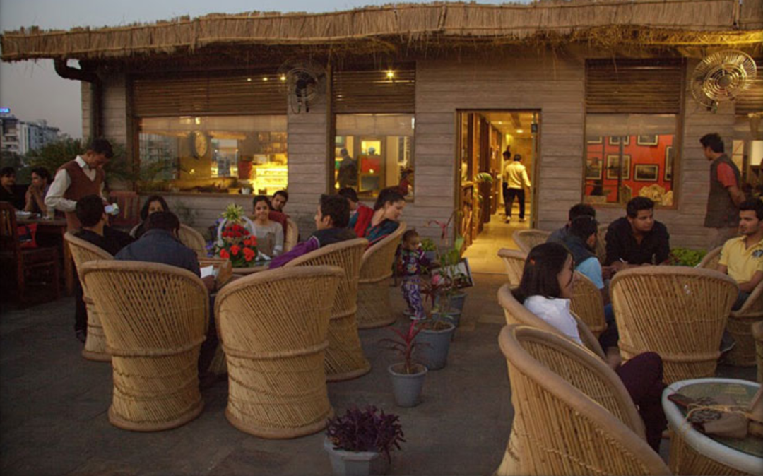 8 New-Age Cafes in Jaipur That Are Instagram-Famous For Being So Gorgeous