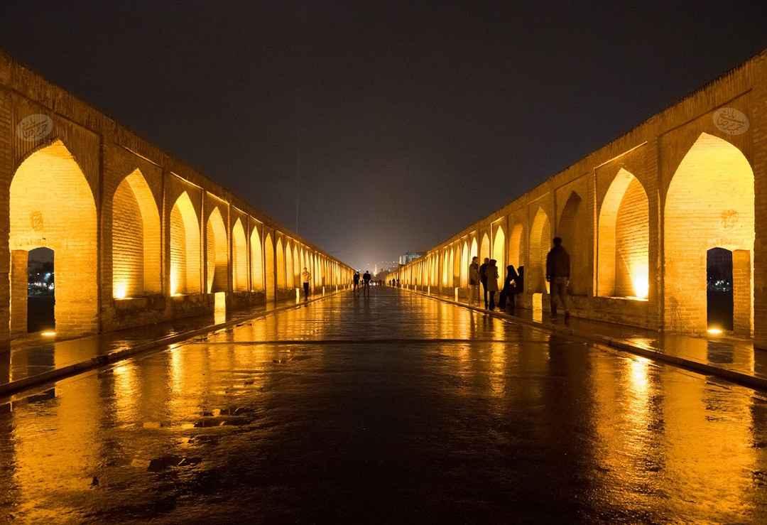 Si-O-Se Pol Bridge in Isfahan