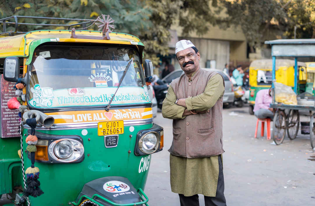 INDIA'S BEST RICKSHAW DRIVER: MEET UDAY BHAI JADAV - Tripoto